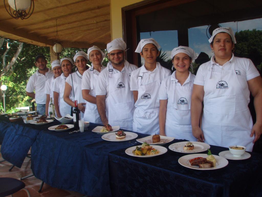 Cecan abre una escuela de formaci n de tecnicos en cocina chef corporaci n cecan - Tecnico en cocina y gastronomia ...